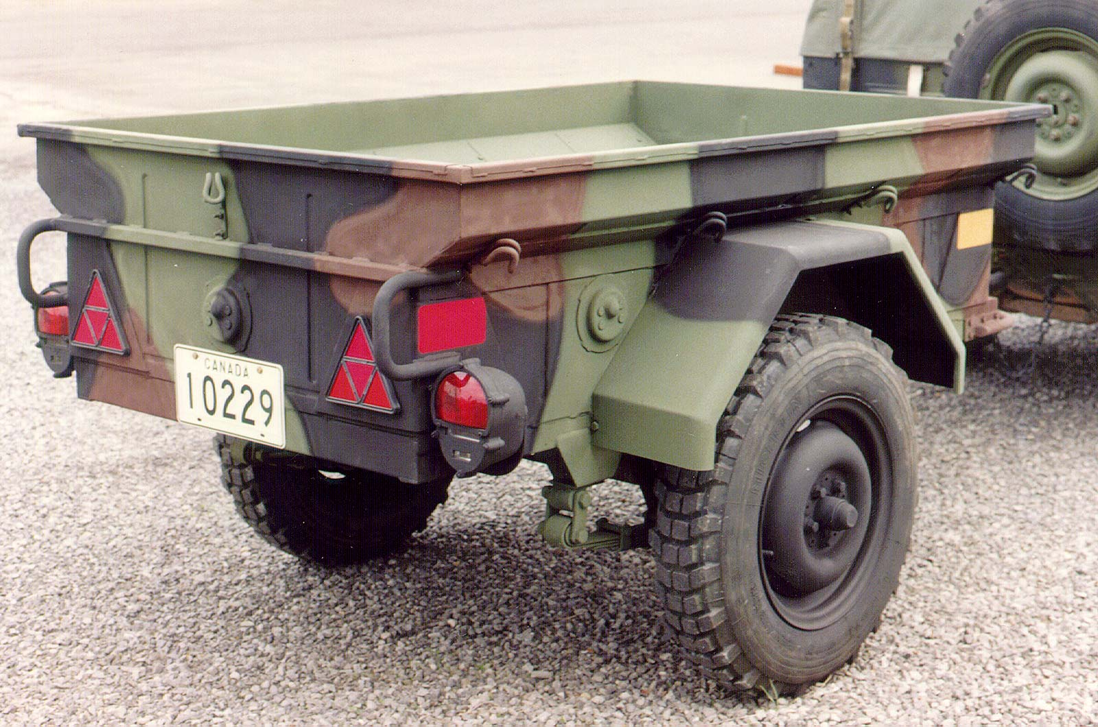Military Vehicles For Sale Canada >> Trailers Dew Engineering And Development