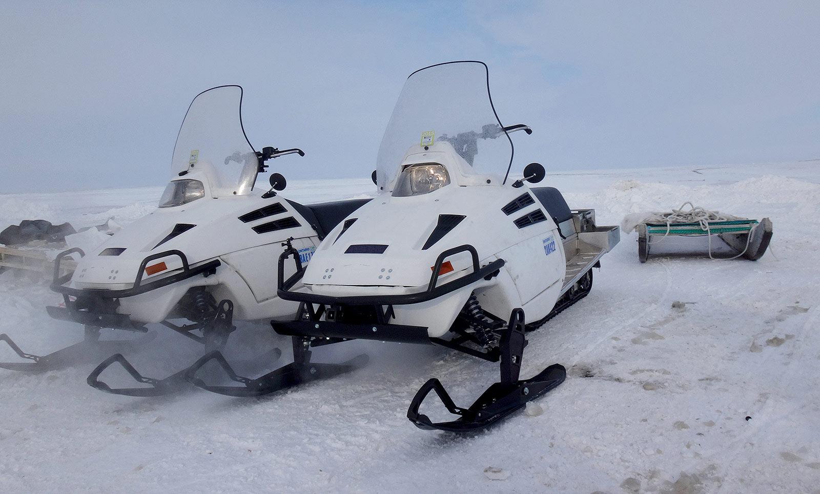 D900 Snowmobile