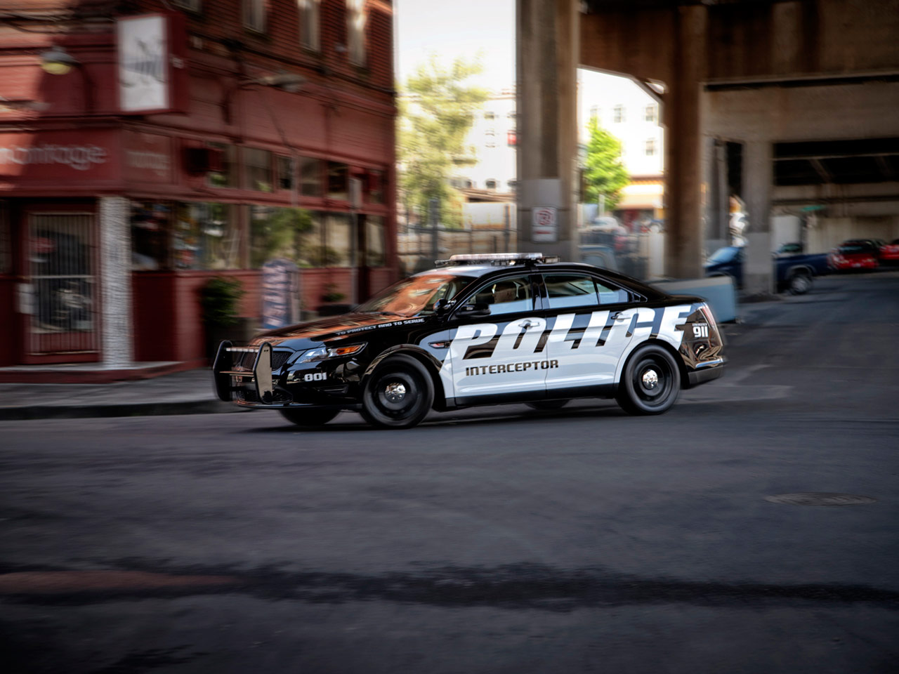 Ford Police Interceptor with DEW PD series of ballistic door panels.